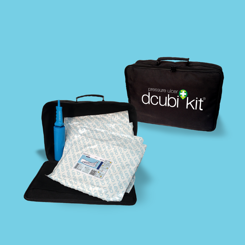 dcubi Kit Bag open & closed